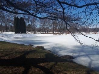 O lago congelado